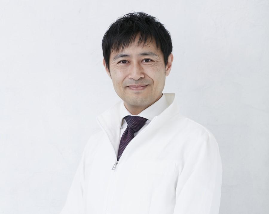 猫背矯正の専門家_小林篤史