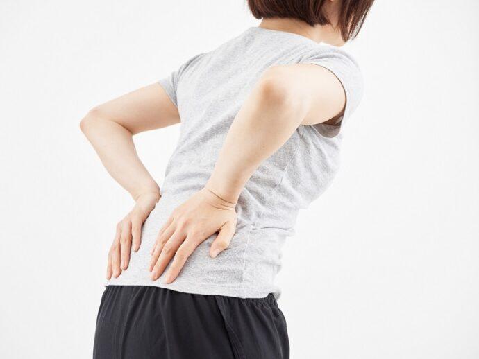 テレワークで腰が痛い?その原因と3つの対処法