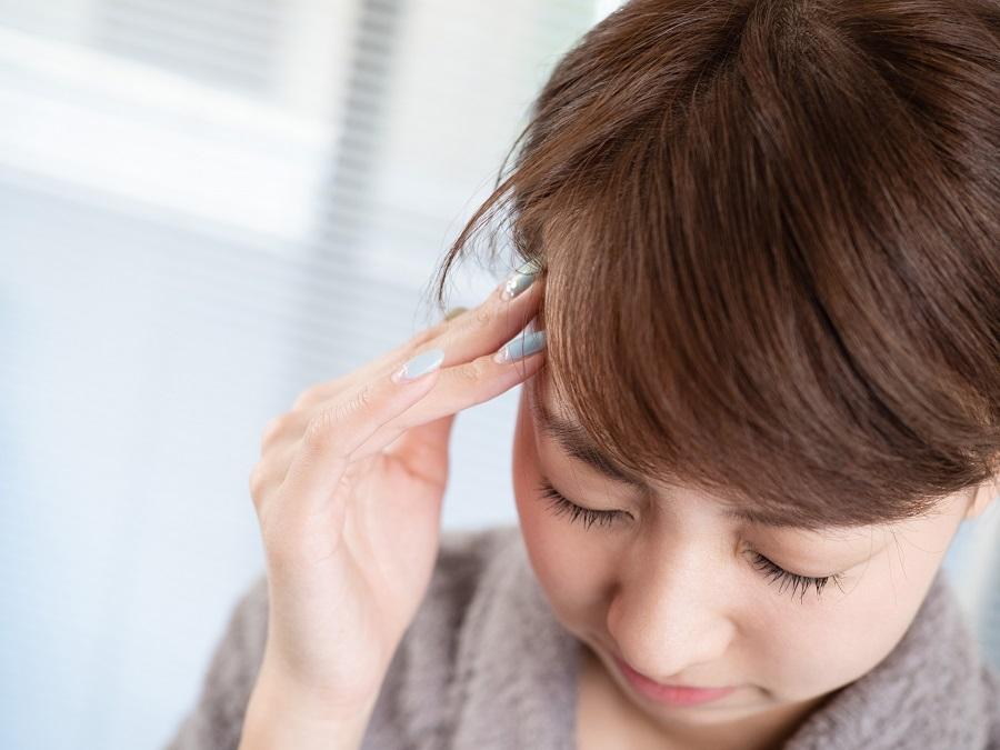 テレワーク中の頭痛に悩んでいませんか?その原因と対処法